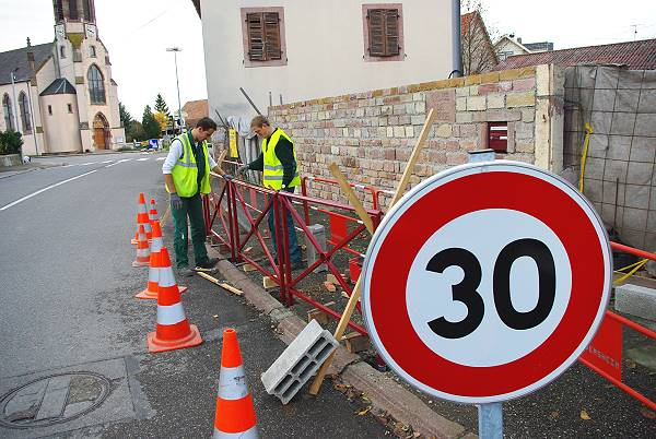 Barrière de protection sur le chemin des écoles – 17 Novembre 2009